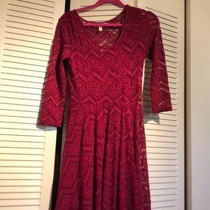 Wine lace maternity dress